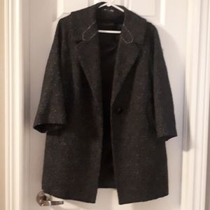 Lightweight coat with one button closure